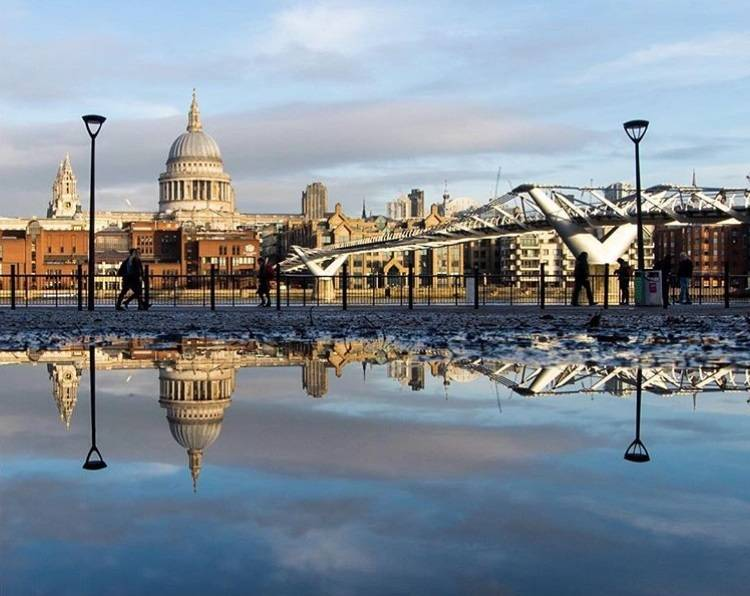 10 ideas for street photo in London - Ok But First Coffee - puddlegram